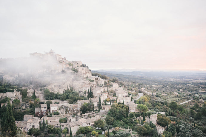 Framed Art Bastides de Gordes France at sunrise fog