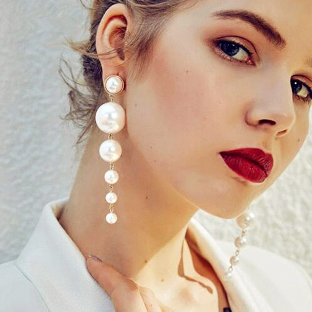 Princesse Aurela Pearl Drop Earrings