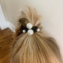 Load image into Gallery viewer, Pearl Hair Tie