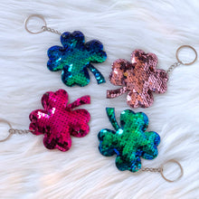 Load image into Gallery viewer, Sequin Clover Keychain