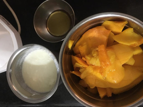 Mango lassi ice-cream