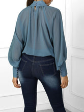 Load image into Gallery viewer, Batwing Sleeved Chiffon Blouse