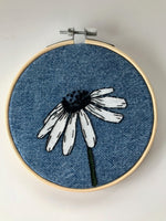 Load image into Gallery viewer, Daisy Kit (DIY) Learn hand embroidery techniques