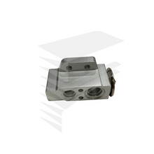 Load image into Gallery viewer, OEM expansion valve for 1K0 820 679 I Contact Us-FreshenOPT