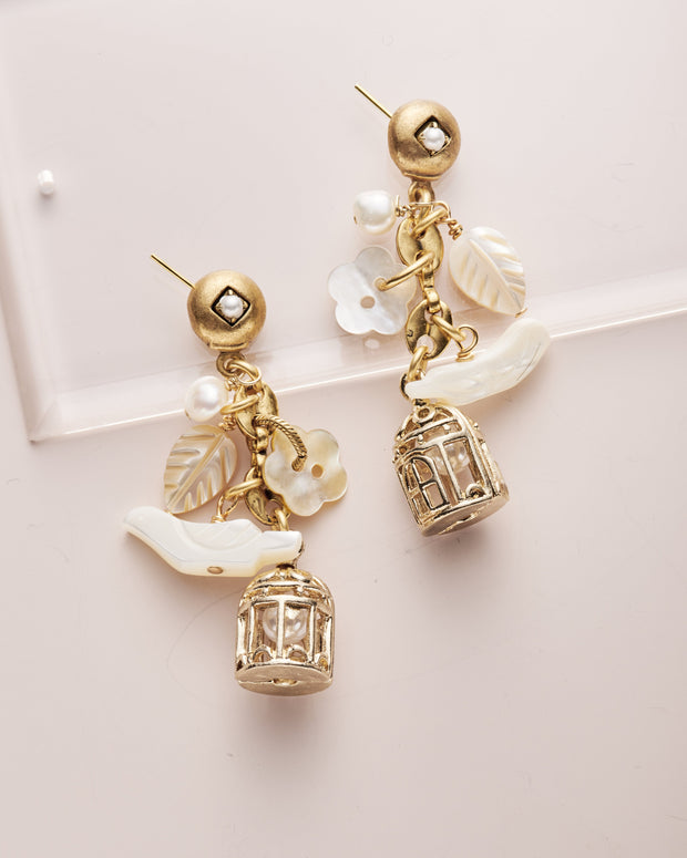 Limited Edition Vintage Pearly Charm Earring