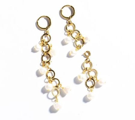 Endless Pearls Earrings