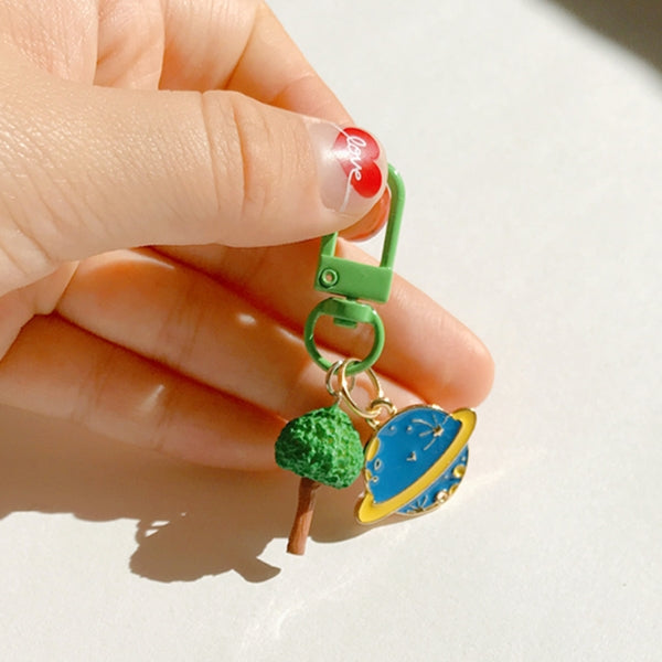 GREEN TREE PLANET KEYRING