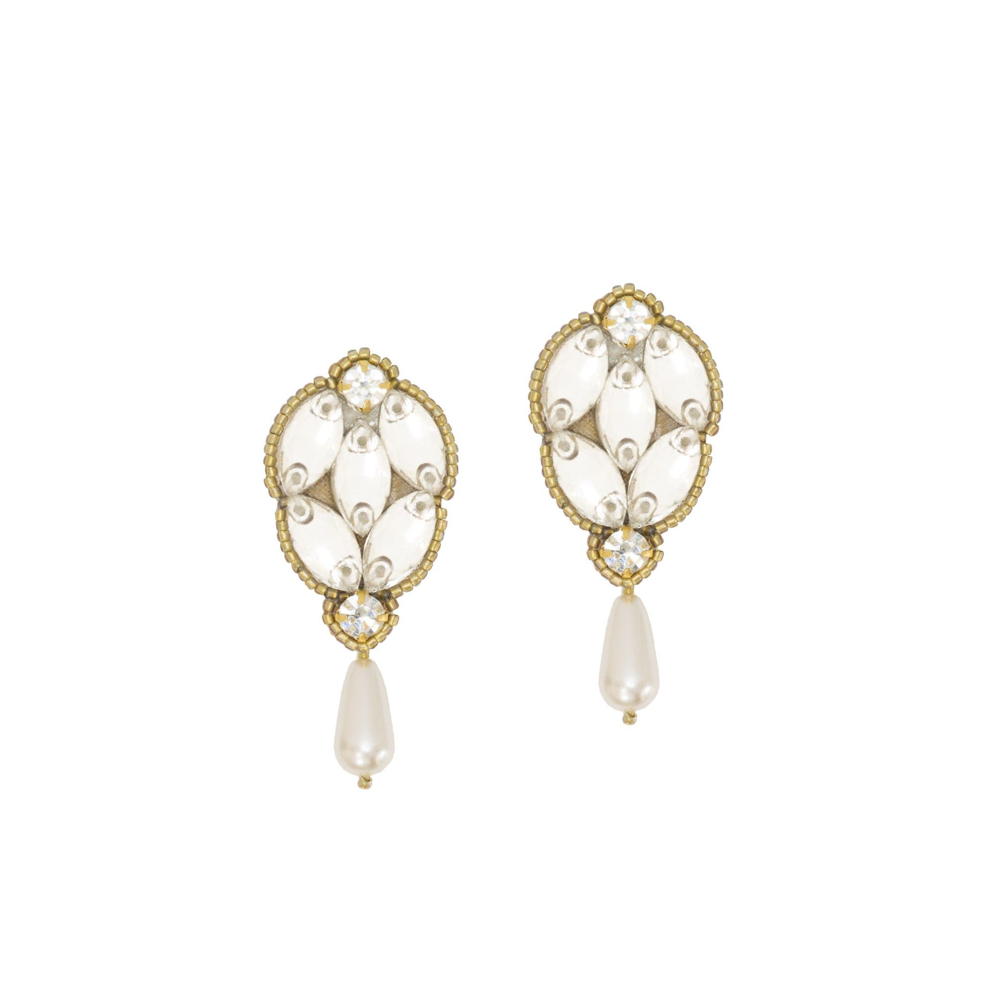 A review of our Statement Gold Wedding Earrings- Saffie