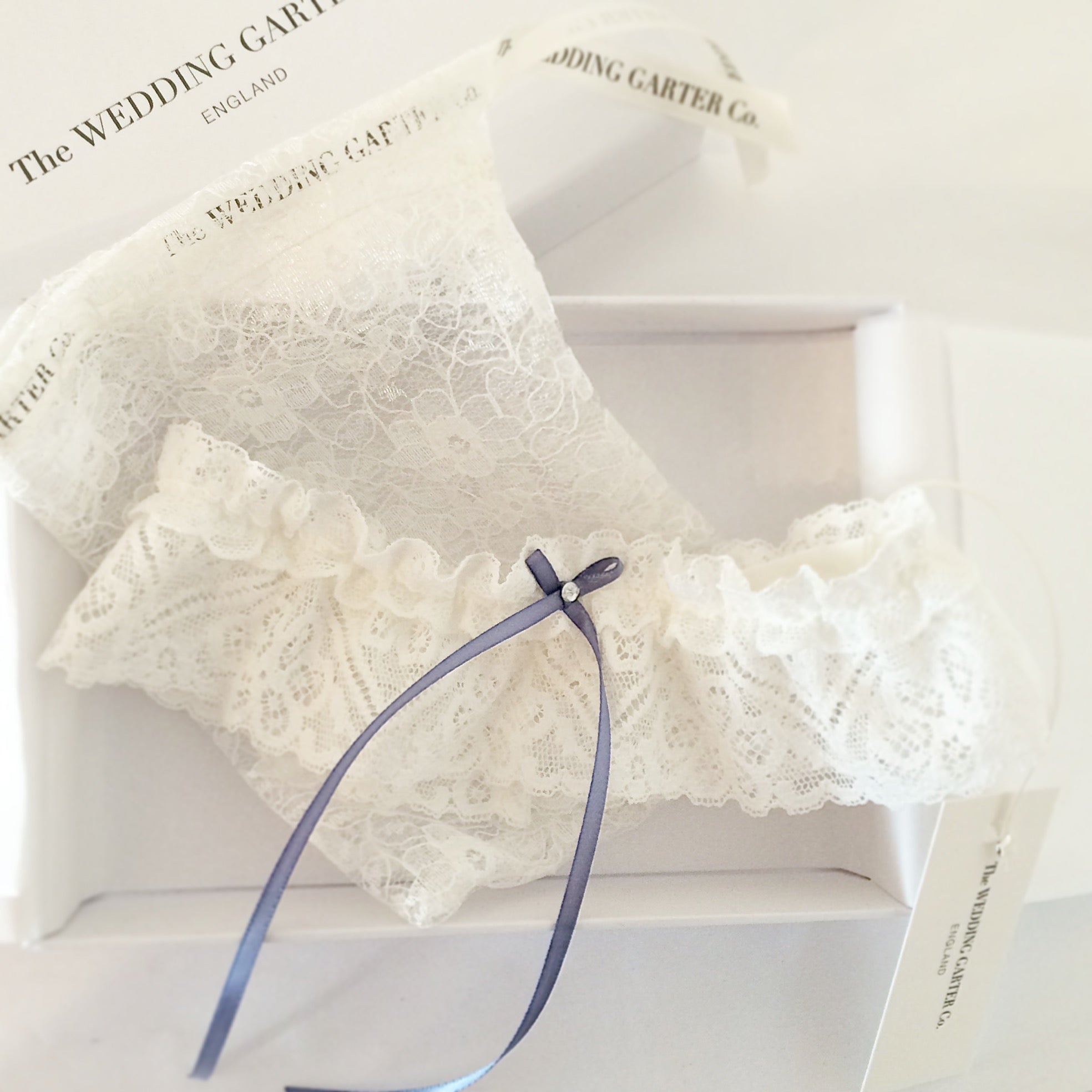 Elegant wedding garter