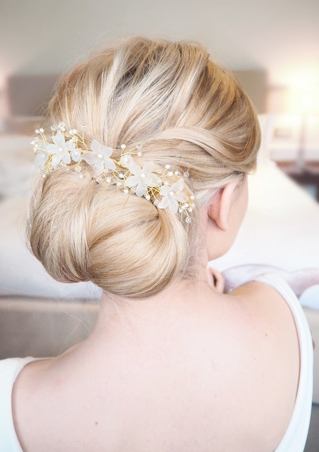 Isca gold flower wedding hair comb