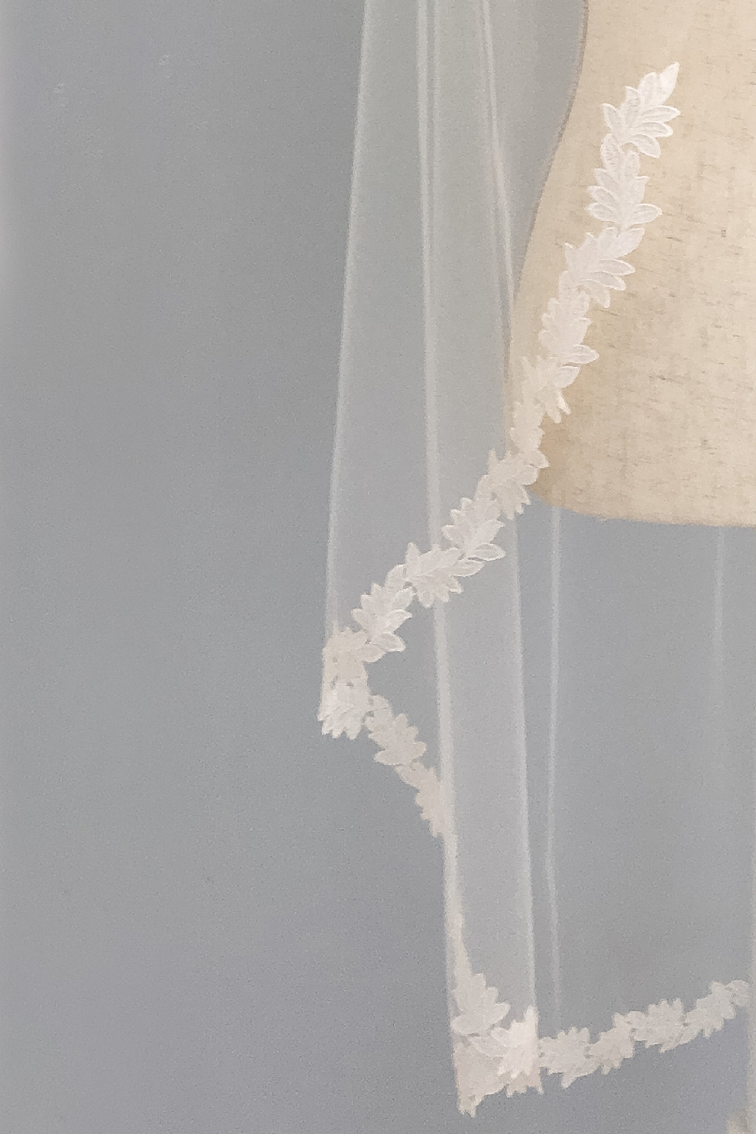 Lace leaf wedding veil