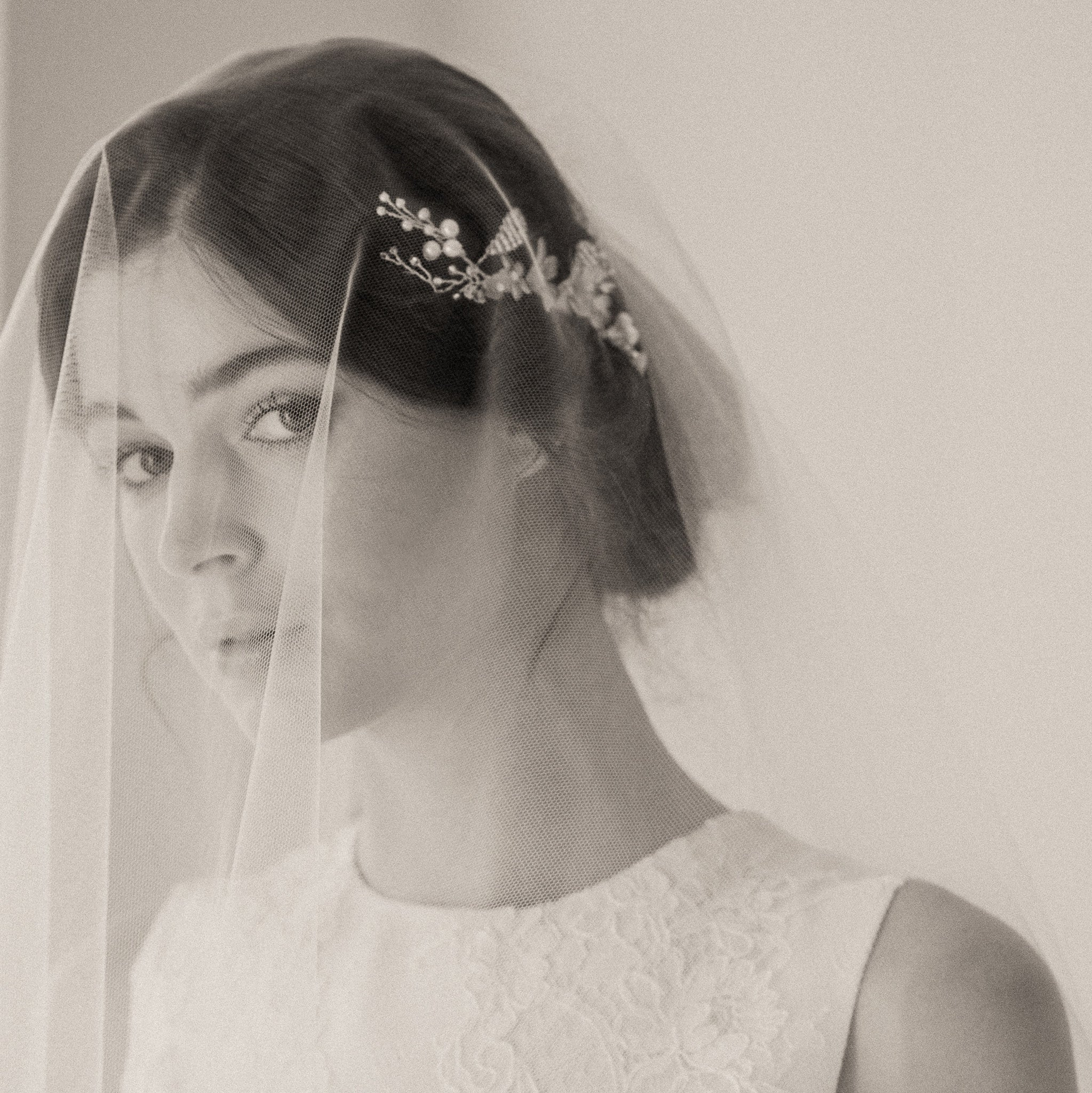 Tips For Securing Your Wedding Veil With Short Hair Britten Weddings