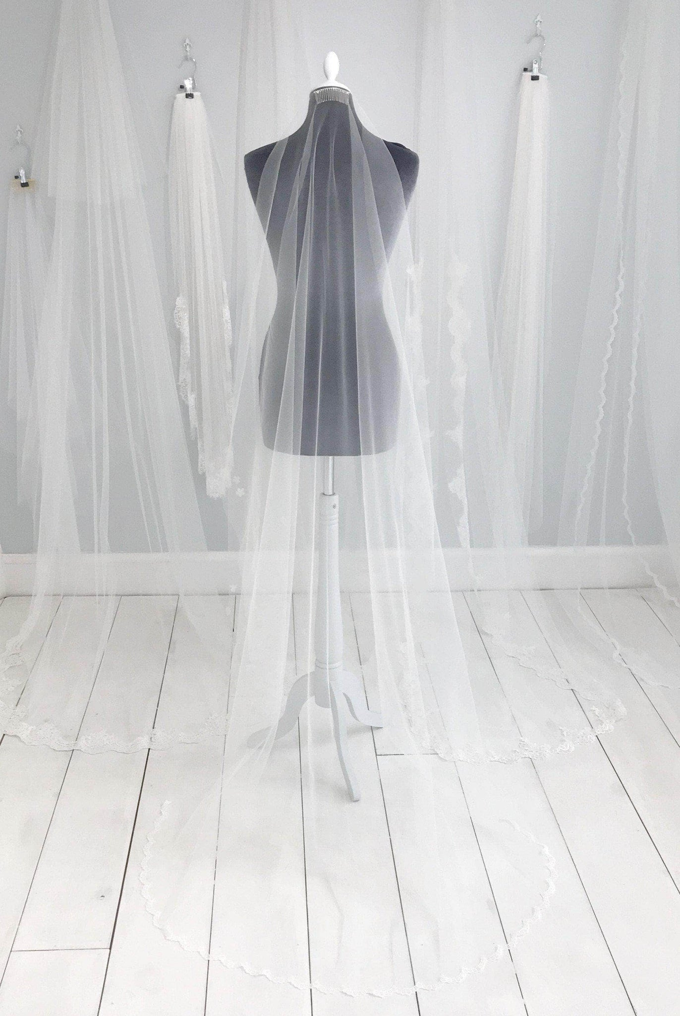 barley there wedding veil with semi edge lace