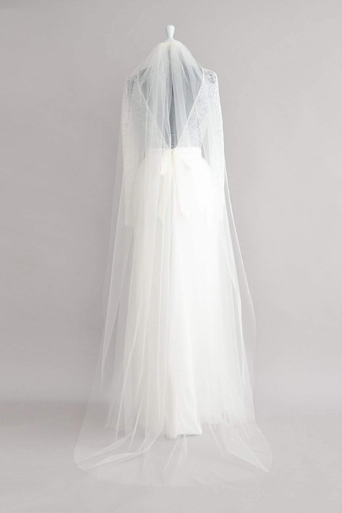 Wedding Veil Cascade comb single tier cut edge veil - 'Calypso'