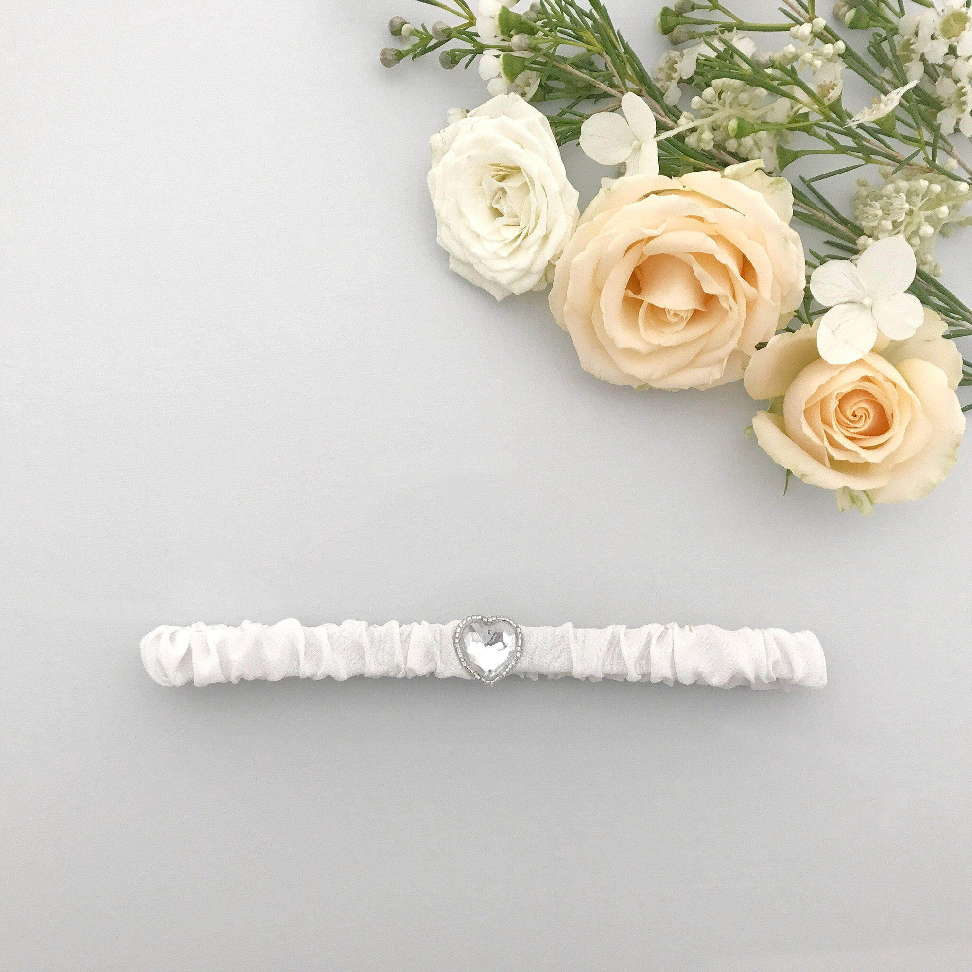 Wedding Garter Ivory / Extra small 35-40cm (13.5-16 inch) Heart wedding garter (various colours) - 'Hera'