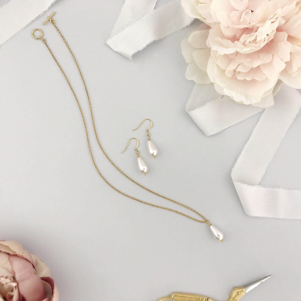 Wedding Necklace Pearl drop wedding necklace and earring set in gold (different sizes available) - 'Hermie'