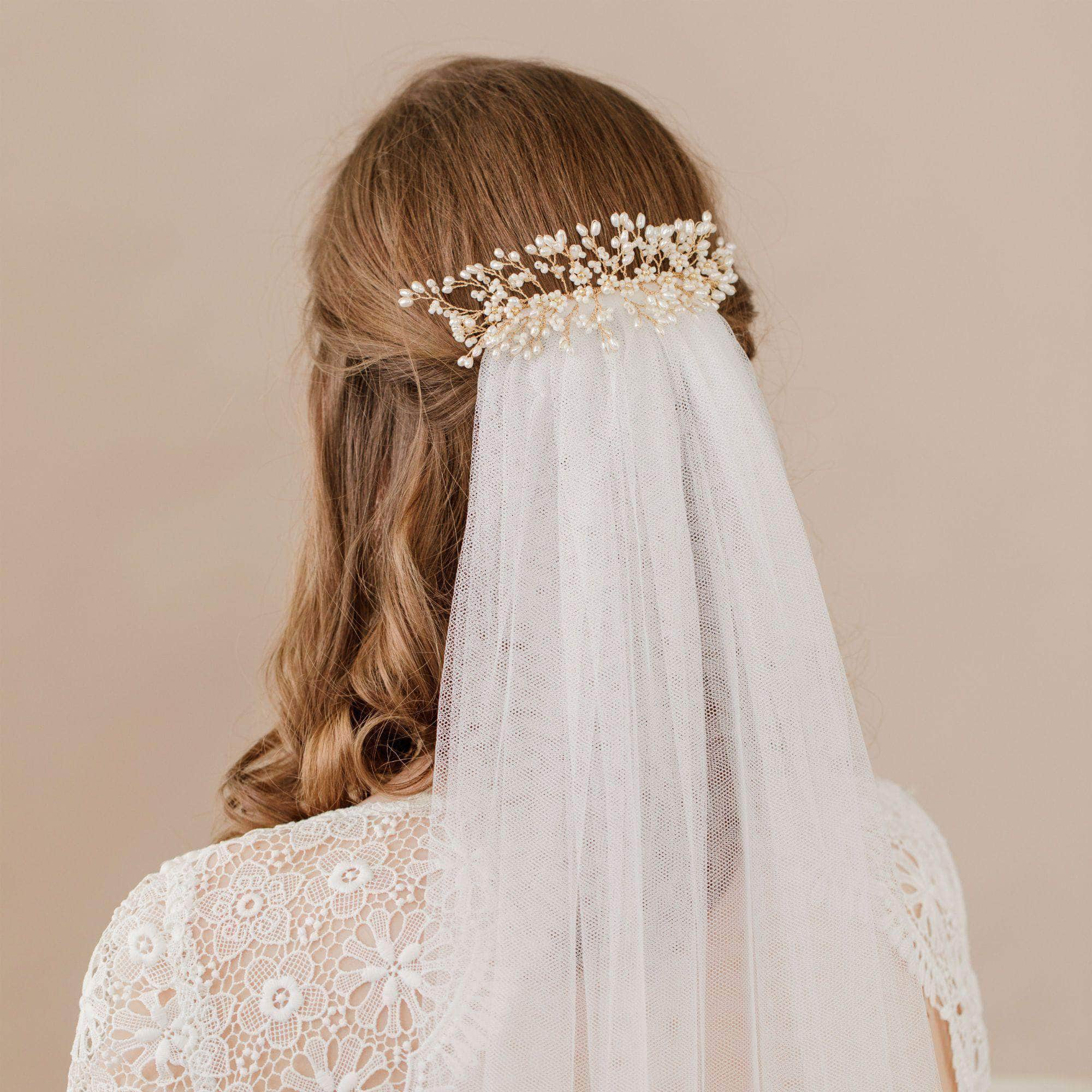 Wedding Hairstyles With Veil.What Are Bridal Head Combs Wedding Hair Combs Britten Weddings