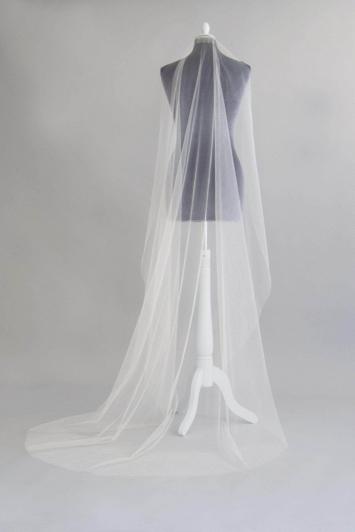 Wedding Veil Ivory / Floor length / Silver Crisp silk barely there wedding veil - 'Margot'