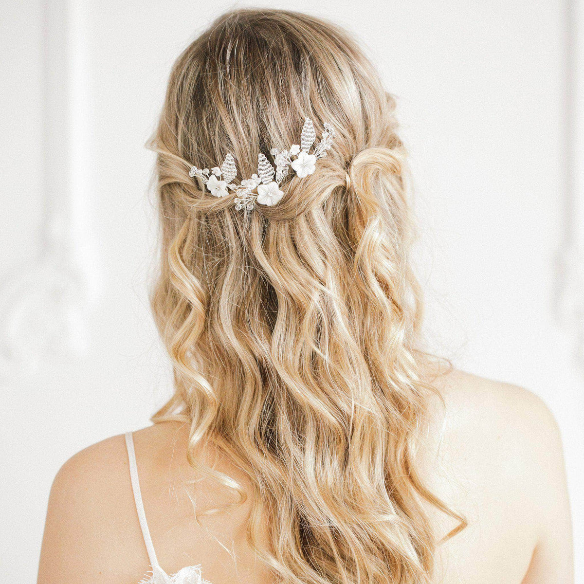 Wedding Hairpin Gold pearl flower wedding hair pins (x3) - 'Blossom'