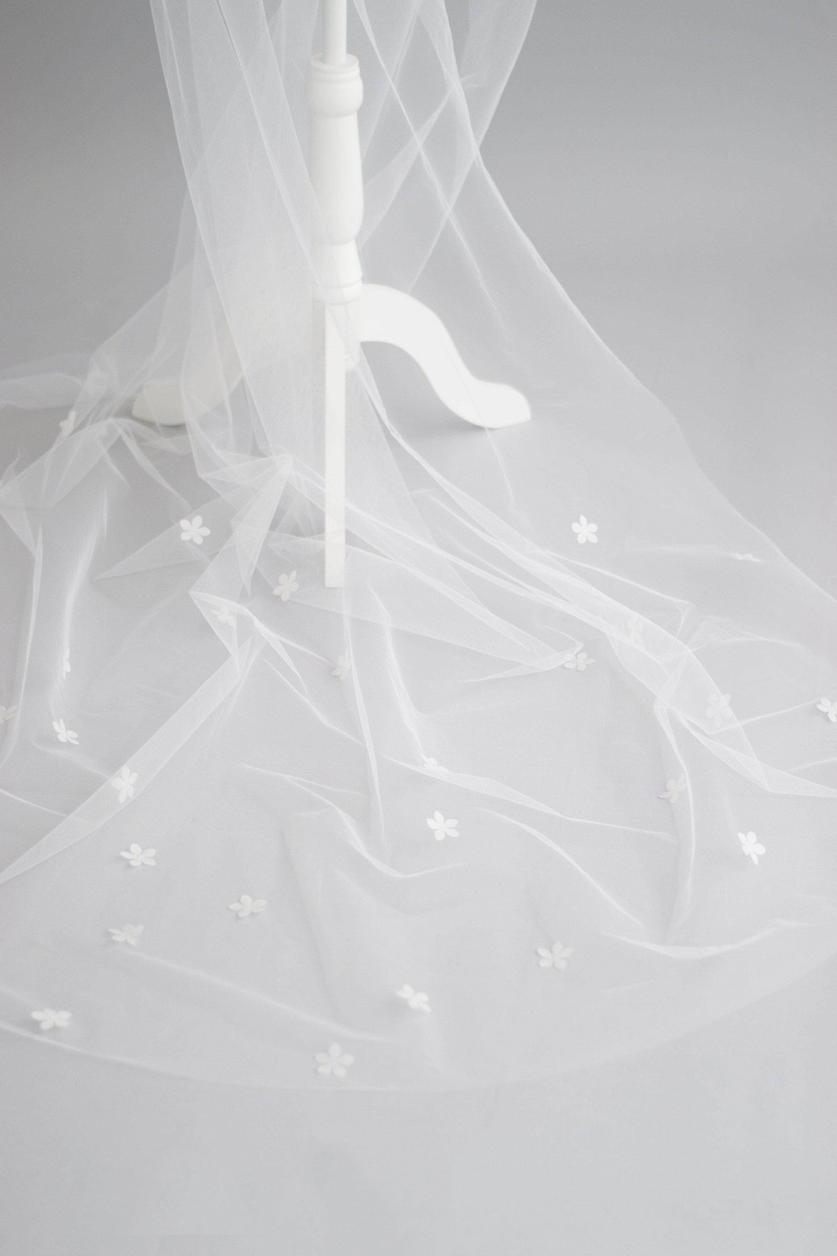 Wedding Veil Silk flower wedding veil - 'Fiore'