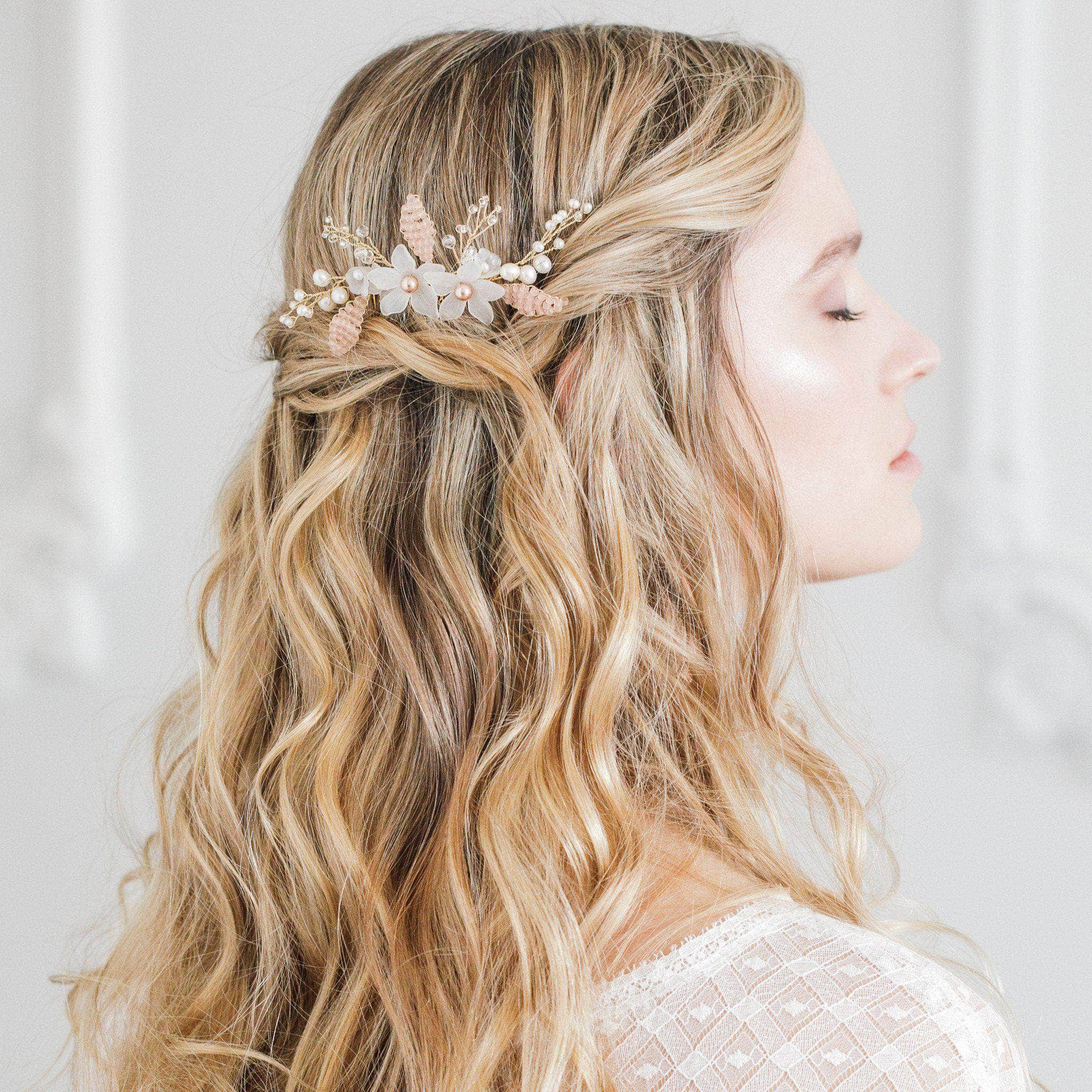 Gold and blush floral wedding hair comb - 'Senna' | Britten Weddings