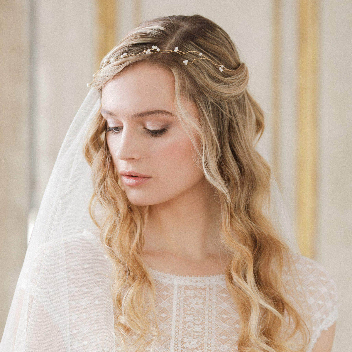 Wedding Hairvine Rose gold / Ivory Freshwater pearl flexible wedding hair vine on rose gold plated wire - 'Ivy'