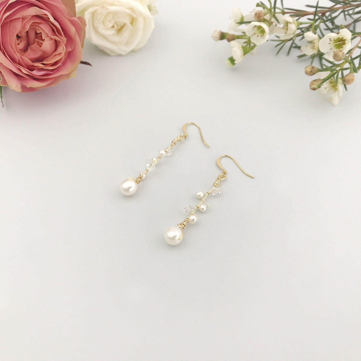 gold and pearl wedding earrings