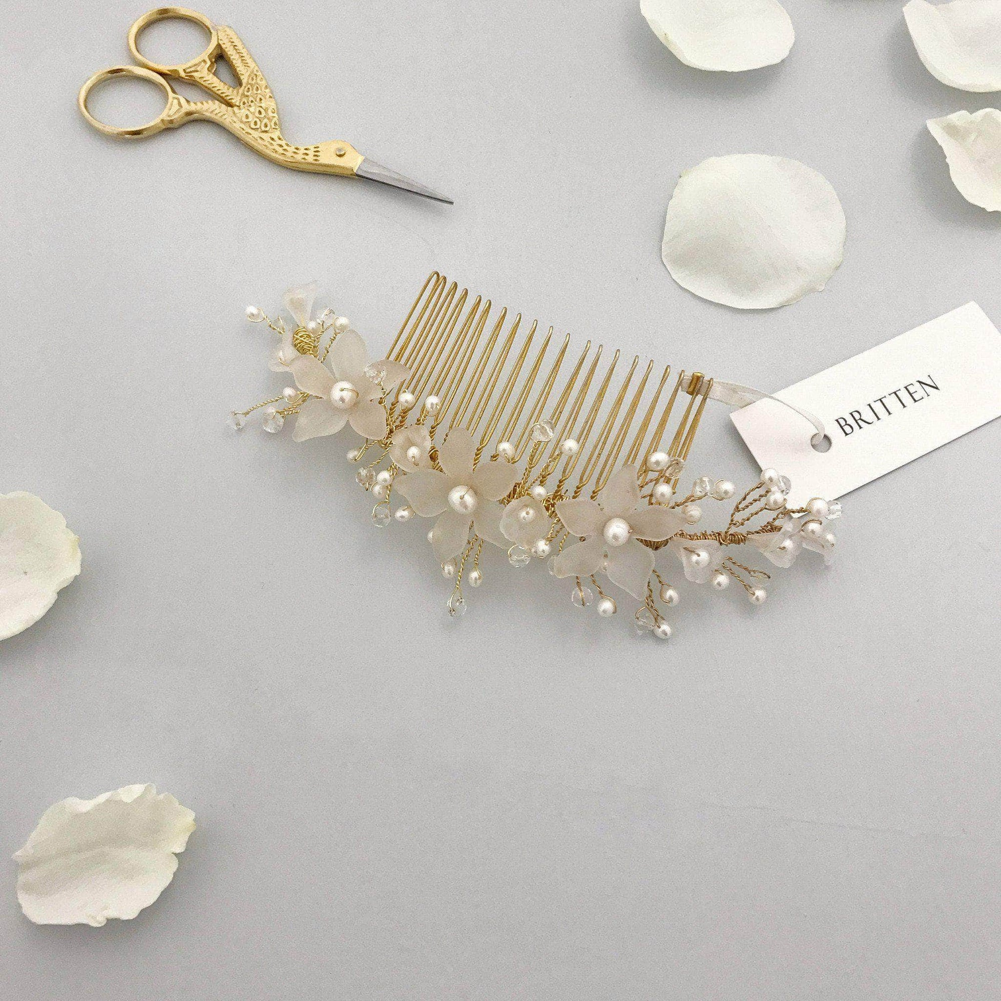 Wedding Haircomb Gold Gold wedding hair vine comb with freshwater pearls - 'Isca'