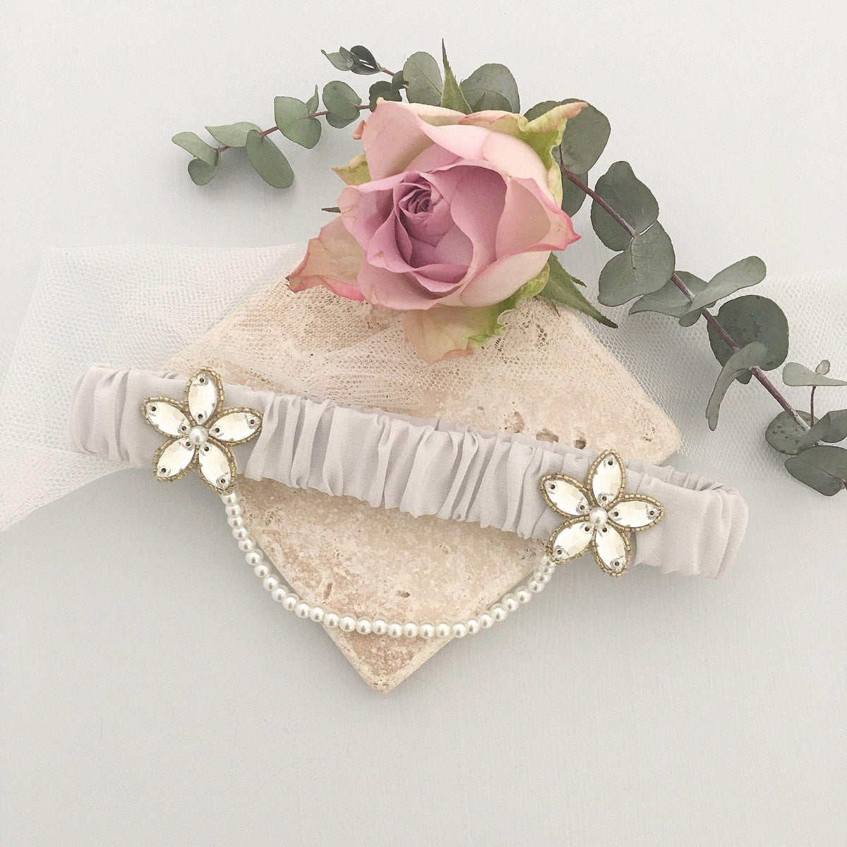 Wedding Garter Pale blue / Extra small 35-40cm (13.5-16 inch) Luxury silk wedding garter with gold beading (various colours) - 'Iva'