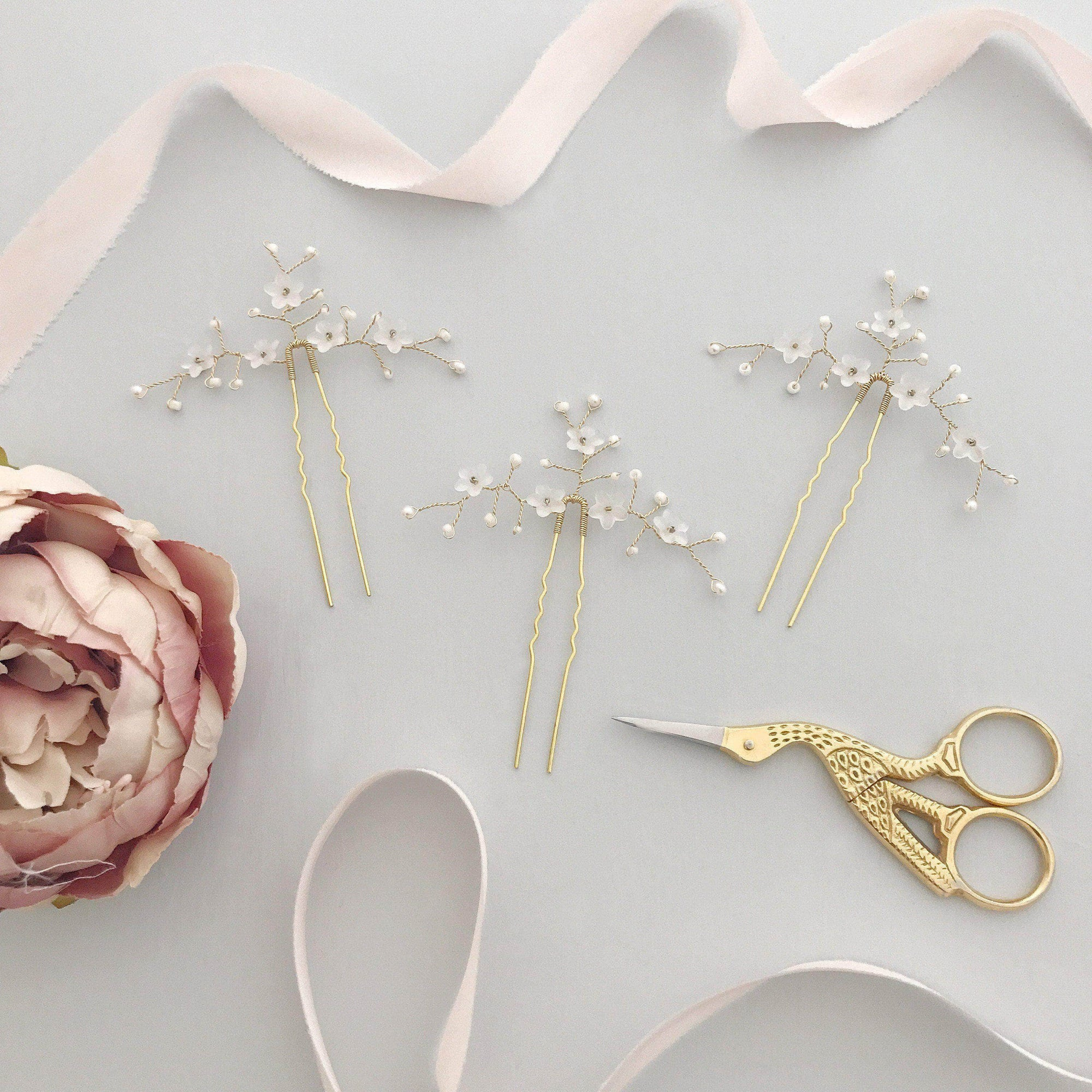 Wedding Hairpin Gold flower wedding hair pins (x3) - 'Jasmine'