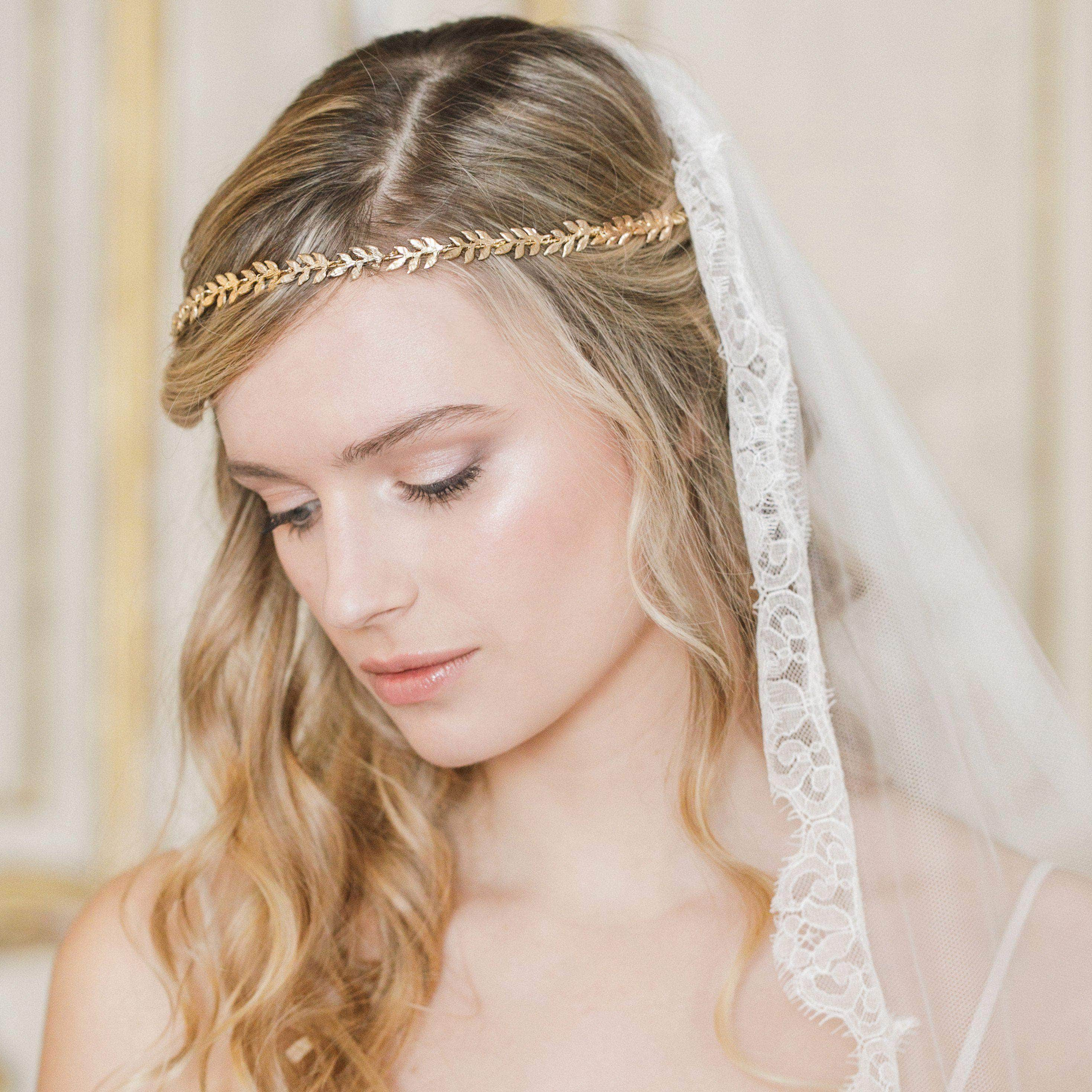 How To Choose A Bridal Headpiece Britten Weddings