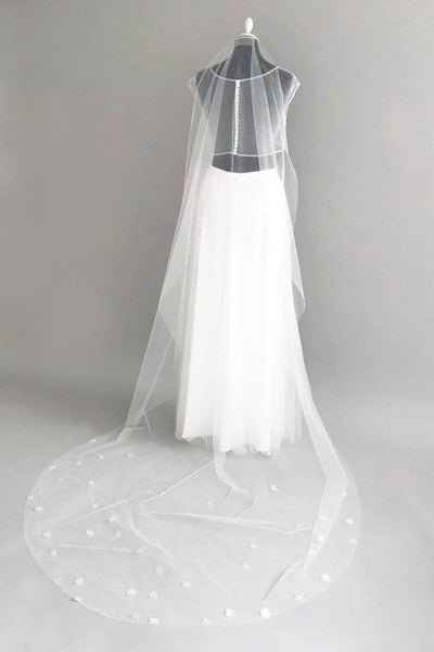 crystal scatter silk flower barely there veil