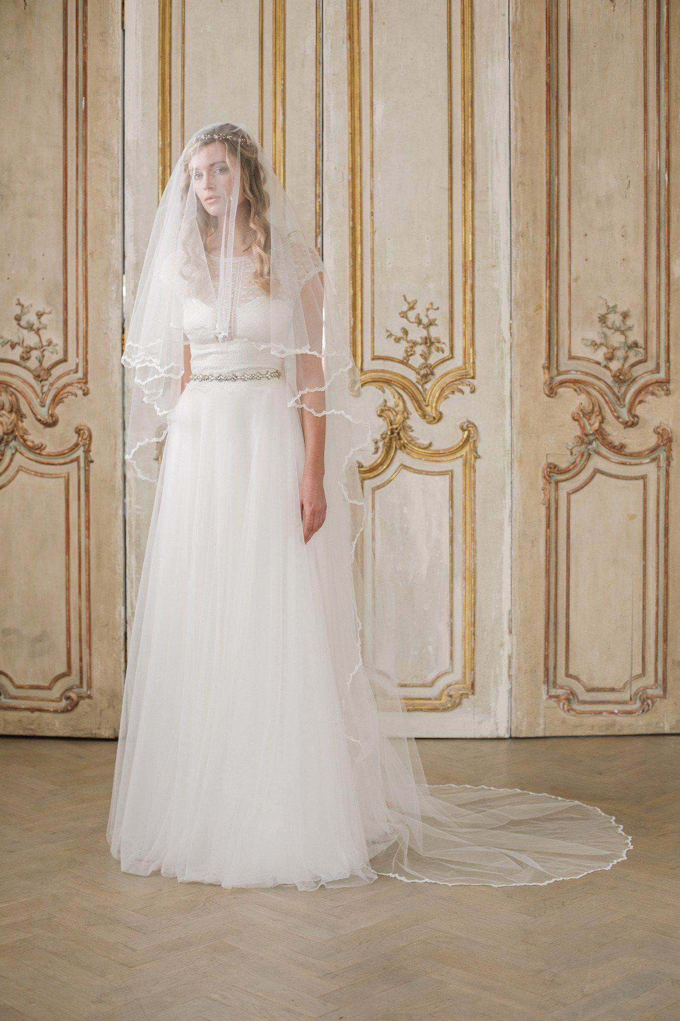 two tier lace edge delicate wedding veil