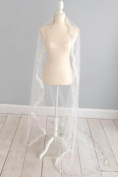 Custom wedding veil, the bespoke veil option