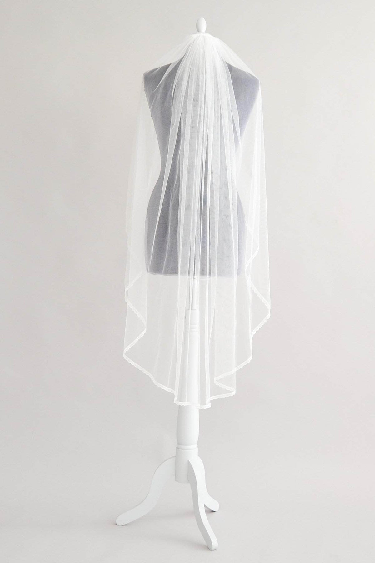 Wedding Veil Delicate lace edged silk style single tier wedding veil - 'Taylor'