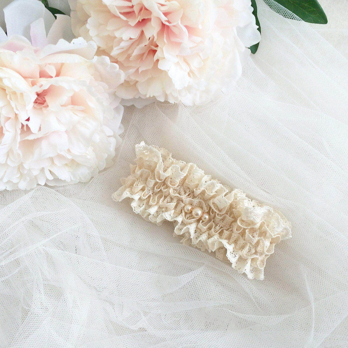 Wedding Garter Lace & pearl wedding garter - 'Ella'