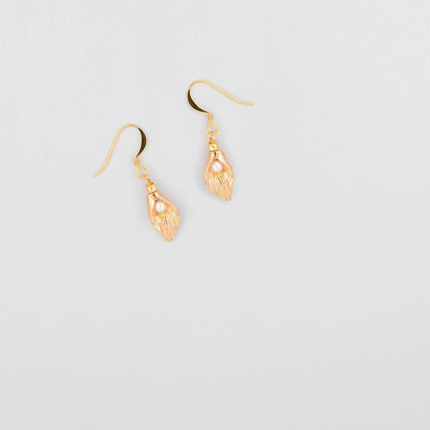 Wedding Earring Gold Gold leaf and freshwater pearl earrings for wedding - 'Nova'