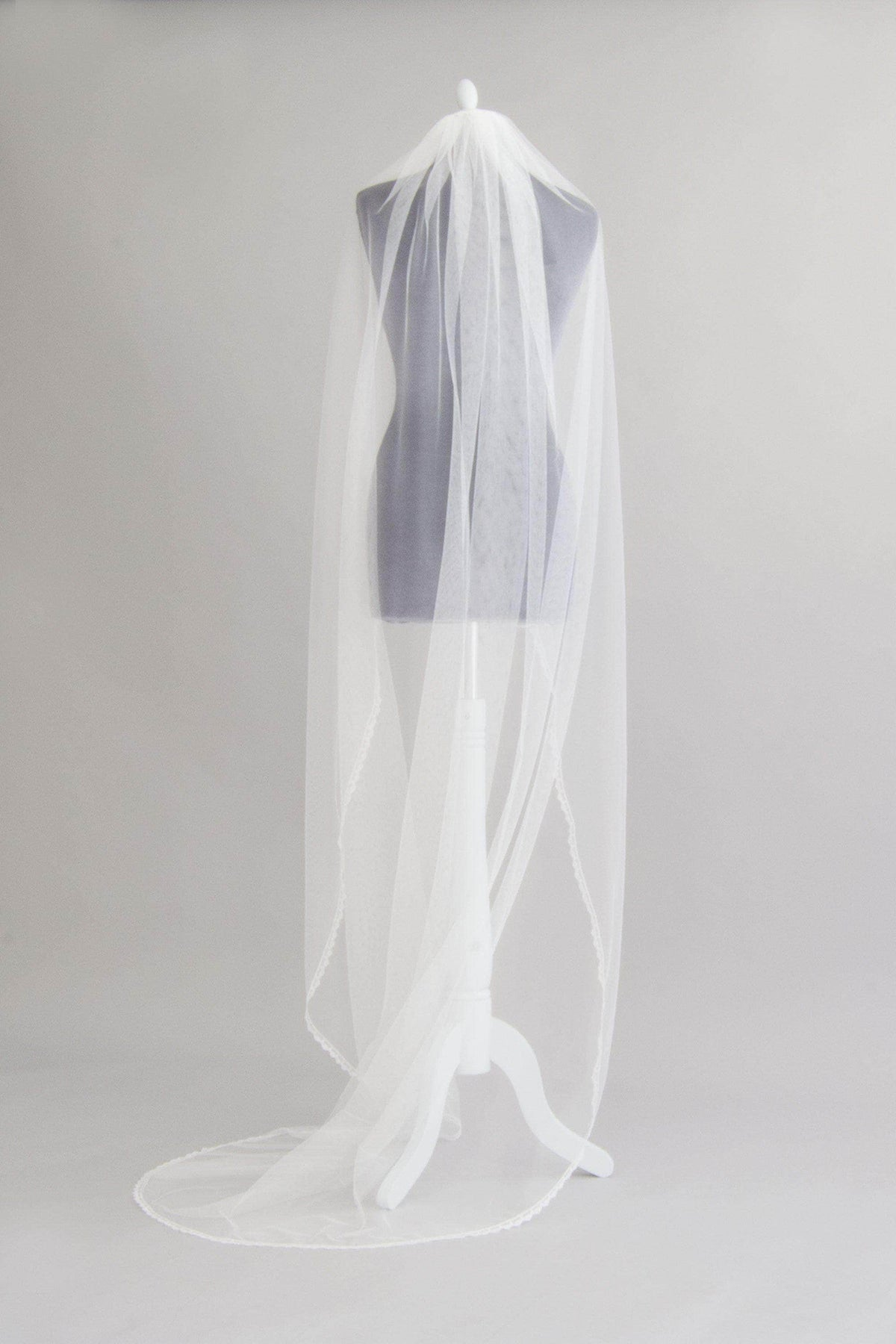 Wedding Veil Off-white / Cathedral length Delicate lace edged silk style single tier wedding veil - 'Aura'