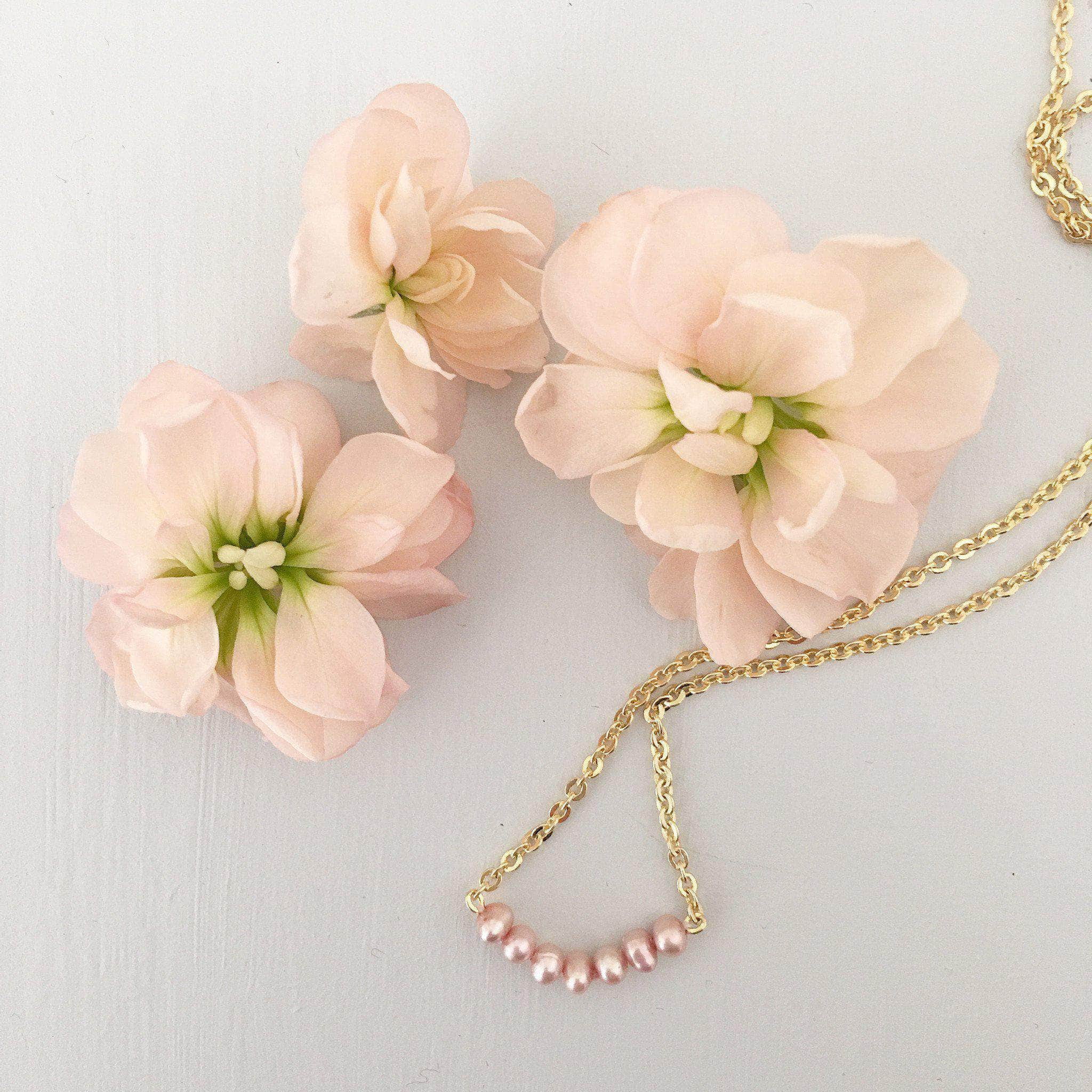 gold and blush pink pearls necklace