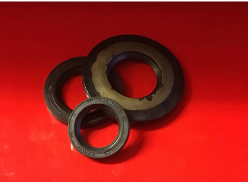 Vespa Early PX Engine Oil Seal Kit