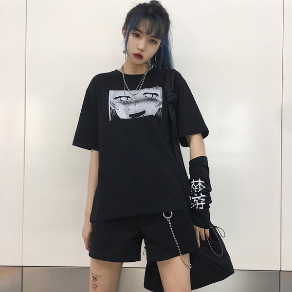 ANIME COMIC PRINTED BLACK T-SHIRT WITH SLEEVES