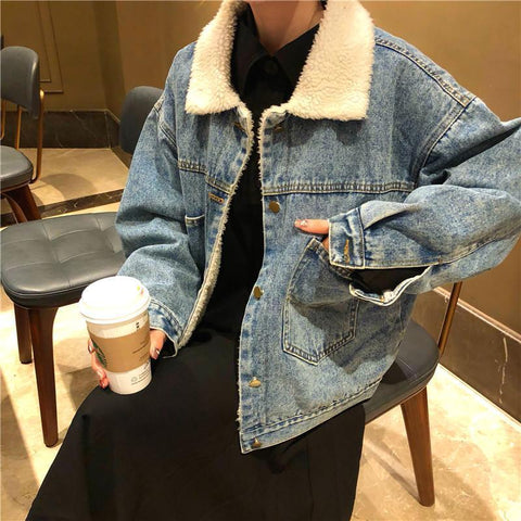 BACK POCKETS DENIM FAUX FUR BLUE JACKET