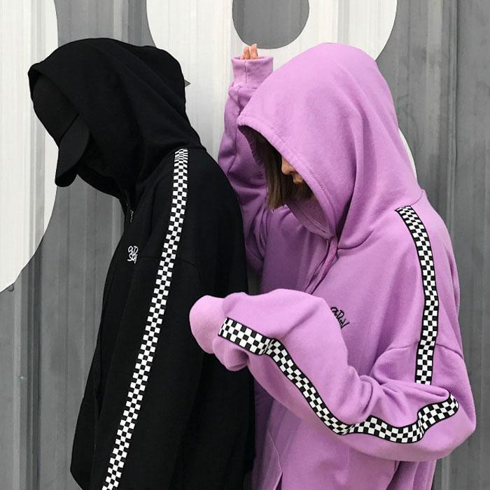 CHECKERED BLACK WHITE GRID LINE SLEEVE ZIPPER HOODIE