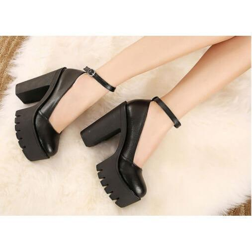 CLOSED ANKLE PLATFORM SANDALS
