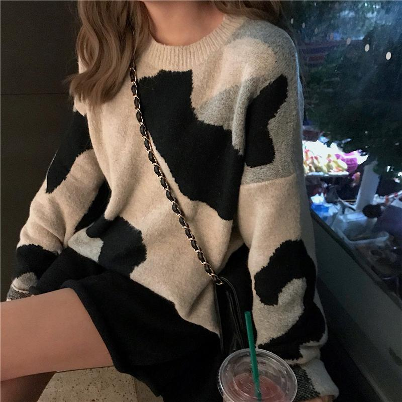 COW PRINT OVERSIZE ROUND NECK COTTON SWEATER