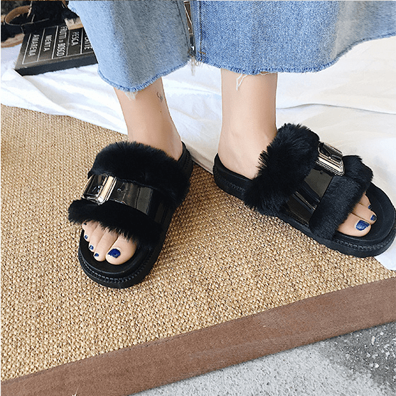 FAUX FUR FLUFFY FLAT SANDALS GLOSSY LINE BUCKLE