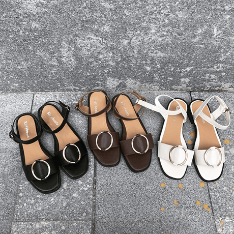 FLAT LEATHER FRONT ROUND METALLIC BUCKLE MINIMAL SANDALS