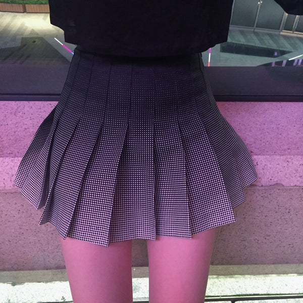 GRADIENT DOTS BLACK WHITE PLEATED SCHOOL SKIRT