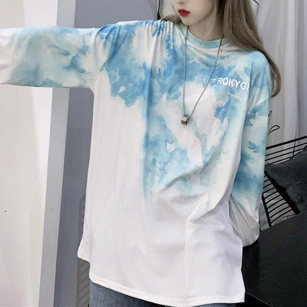 GRADIENT TIE DYE LONG SLEEVE OVERSIZED T-SHIRT