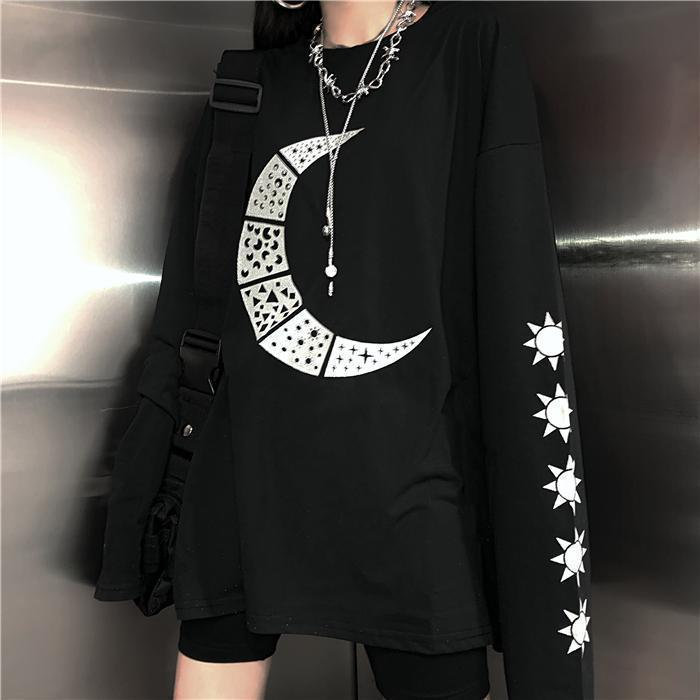 GRUNGE MOON AND STARS PRINTED BLACK LONG SLEEVE T-SHIRT
